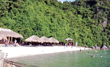 Bãi tắm Sim Soi Hạ Long