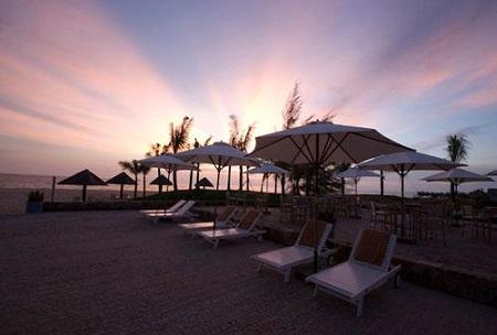 Bãi biển khu nghỉ dưỡng Eden