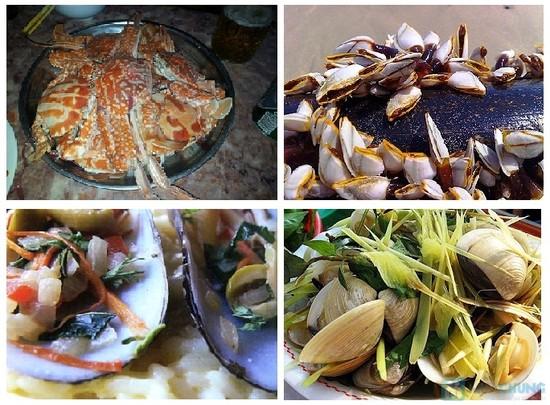 Hải sản ở các quán vỉa hè Hạ Long rất đa dạng