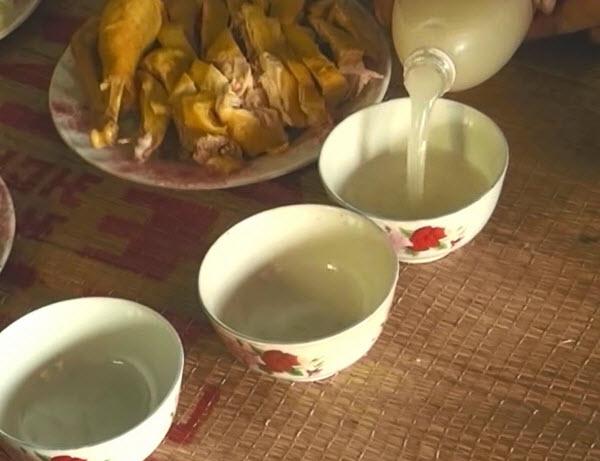 Đặc sản Hà Giang- Rượu Hoẵng