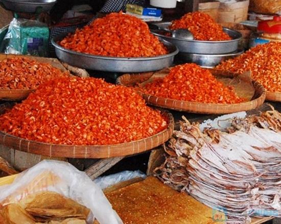 Chợ Dương Đông khu mua sắm đa dạng các hàng hóa