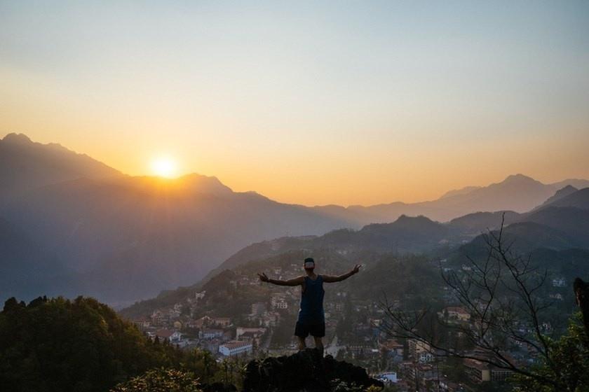 Tận hưởng phút giây sống giao thoa giữ trời và đất