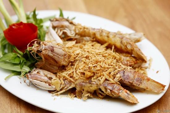 Bề Bề nướng thơm ngon hấp dẫn tại biểnđảo Cô Tô